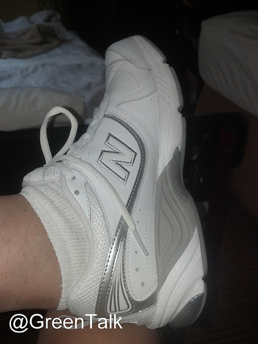 PlanetShoe New Balance Shoe